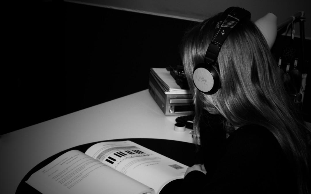 Musik, kan du hjälpa mig med läxorna?